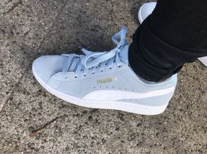 Women's Puma Blue Suede Shoes Size 7 for Sale in Seattle, WA