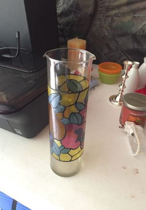 Flower Vase for Sale in Fairlawn, OH