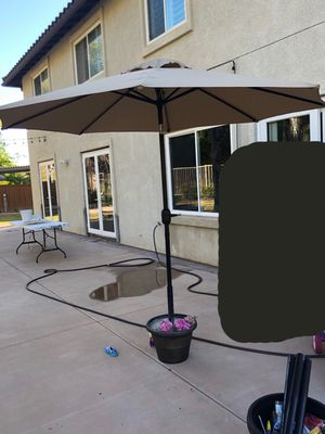 Patio umbrella 9 feet for Sale in Chula Vista, CA