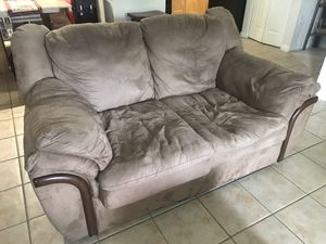 Sofa for Sale in TWN N CNTRY, FL