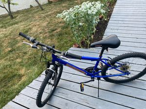 Road master blue bike for Sale in Sterling Heights, MI