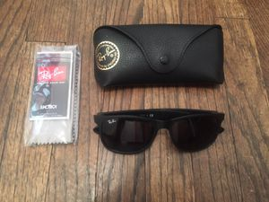 Ray Ban Unisex Sunglasses for Sale in Chicago, IL