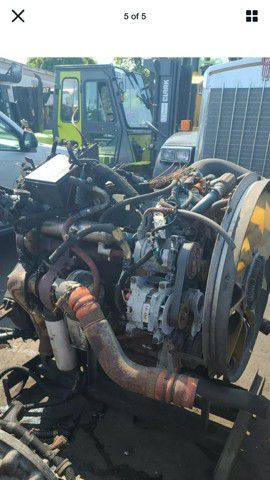 2004-2006 Parts for a dt 466 turbos alternators transmission for Sale in Gary, IN