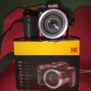 Kodak Digital Camera PixPro AZ401 for Sale in Detroit, MI