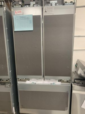NEW SAMSUNG BUILT IN REFRIGERATOR for Sale in Garden Grove, CA