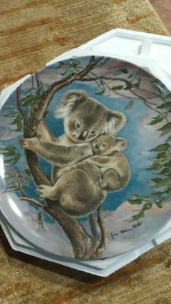 """""""A TRUSTING HUG"""", 1985, plate no. 84-R69-2.7, The Wildlife Society. for Sale in Tampa,  FL"""