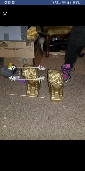 Gold Fu Dog Statues for Sale in Davenport, IA