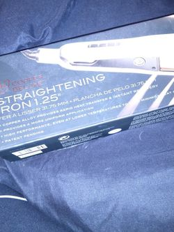 Ion. Copper Deluxe Straightening Iron for Sale in St. Louis,  MO
