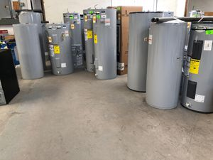 Liquidation sale !!! Gas & electric water heaters !!! 15,30,40,50,55 gallon!!! Starting at $250 !! for Sale in El Paso, TX