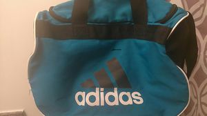 Adidas duffle bag for Sale in Columbus, OH