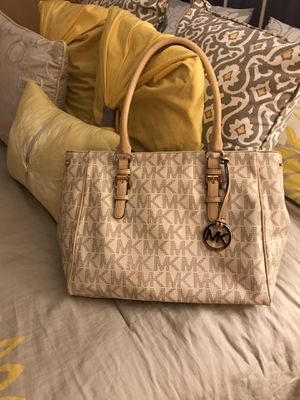 Michael kors for Sale in Hesperia, CA
