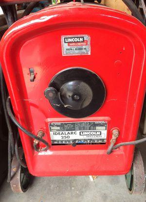 Lincoln welder 250 for Sale in Billerica, MA