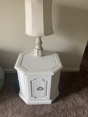 Antique end table for Sale in Saint Charles, MO