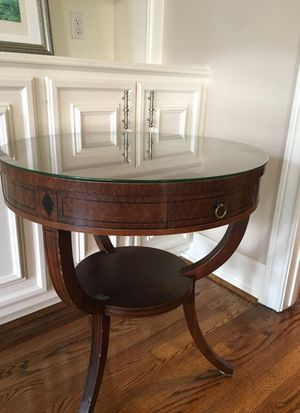 Antique drum table for Sale in Houston, TX