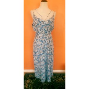 NEW Top Shop blue floral cut out dress size 10 for Sale in Salt Lake City, UT
