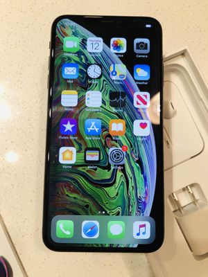 iPhone XS MAX 512GB AT&T Cricket CLEAN ESN for Sale in Houston, TX