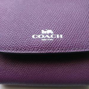 New Coach Berry (Purple) Small Women's Wallet for Sale in Ocoee, FL