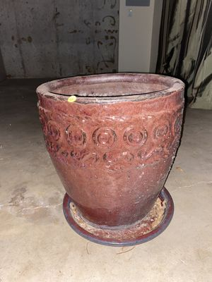 Flower pot for Sale in House Springs, MO