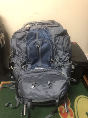 Ascend hiking backpack ts-4500 for Sale in Prattville, AL