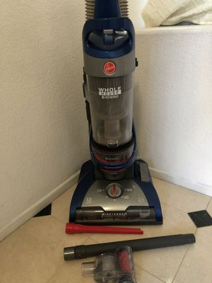 Hoover vacuum for Sale in San Diego, CA