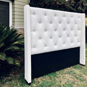 ⭐️New Pulaski Queen contemporary Headboard ONLY. PICK UP BY ASHLAN AND TEMPERANCE IN CLOVIS $$FIRM💰 for Sale in Clovis, CA