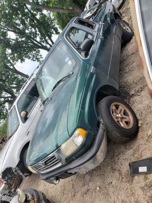 1999 mazda B3000 for parts for Sale in Dallas, TX