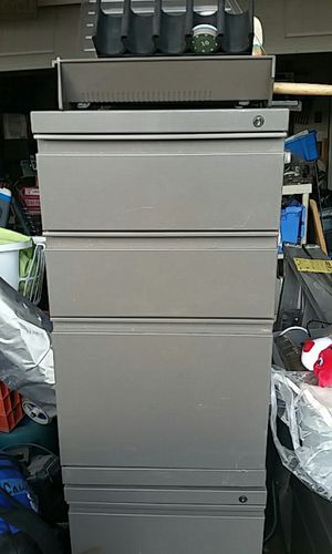 Hon Rolling 3 Drawer File Cabinet for Sale in Austin, TX