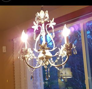 White chandelier with 3 light bulbs for Sale in Issaquah, WA