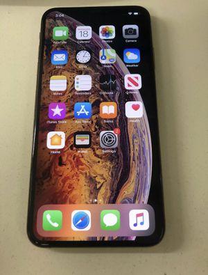 iPhone XS Max / UNLOCKED / 256 GOLD for Sale in Miramar, FL