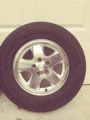 Cherokee rims and tires for Sale in Orlando, FL
