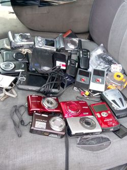 12 Cameras To Flip Videos And A Lot Of Other Things for Sale in Portland,  OR