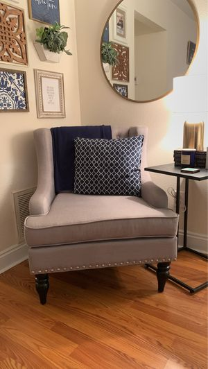 Gray Chair for Sale in Navarre, FL