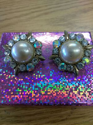 Vintage Pearl and diamond earrings for Sale in Dallas, TX