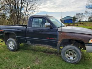 1995 Dodge Ram short bed 4x4 for Sale in Bloomsburg, PA