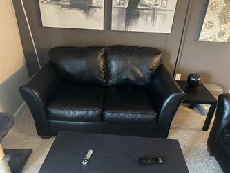 Black Leather Couches for Sale in Columbus,  OH