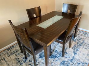 Dining Table with Chairs for Sale in Ashburn, VA