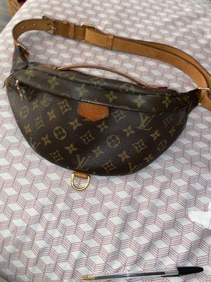 Authentic Louis Vuitton bumbag for Sale in Wilmington, DE