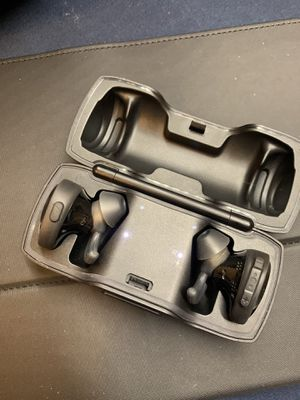 Bose Sound Sport True Wireless Earbuds (Includes Charger Case) $85 Cash Only No Trades for Sale in San Antonio, TX