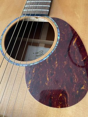 Breedlove acoustic guitar for Sale in La Mesa, CA