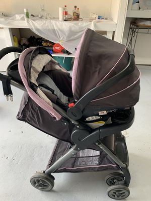 Graco car seat and stroller for Sale in Chamblee, GA