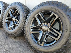 "18"" TrailBoss Rims and BFGoodrich Tires 32"" All Terrain for Sale in Orange, CA"