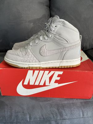 Big Nike High Lux-Wolf Grey- Size 8 for Sale in Poinciana, FL