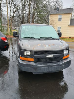 2001 chevy express for Sale in Easley, SC