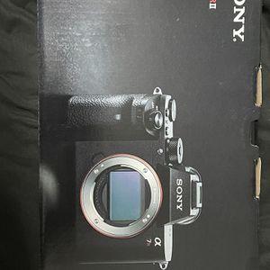 Sony a7R ii W/85mm F1.8 Sony Lens for Sale in Houston, TX