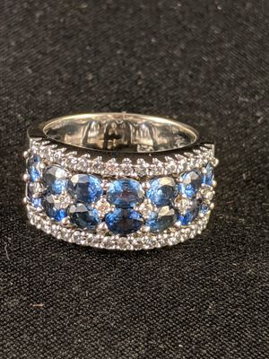 18kt white gold sapphire and diamond ring for Sale in Temecula, CA