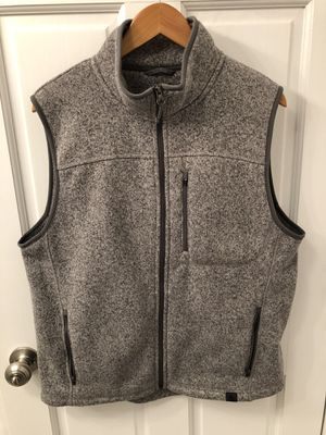 Men's LL Bean Gray Vest- Great Condition (Medium) for Sale in Chicago, IL