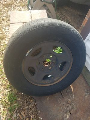 16 inch rim 235/ 70/ 16 tire for Sale in Memphis, TN