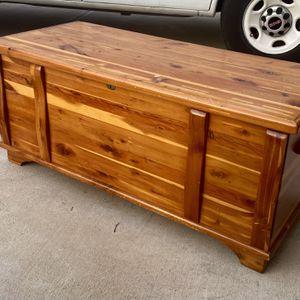 Wooden Trunk for Sale in Atlanta, GA