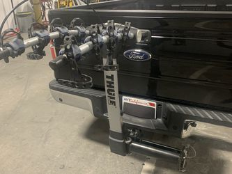 Thule Apex Swing 4 Bike Rack Hitch Style Bicycle Carrier for Sale in Newark,  CA