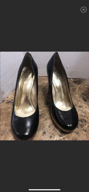 Michael Kors Shoes Heels Black Pumps Patent Leather Cork Platform Size 9.5 M for Sale in Dearborn, MI